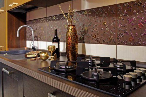 Из чего сделать фартук на кухню: идеи + популярные материалы