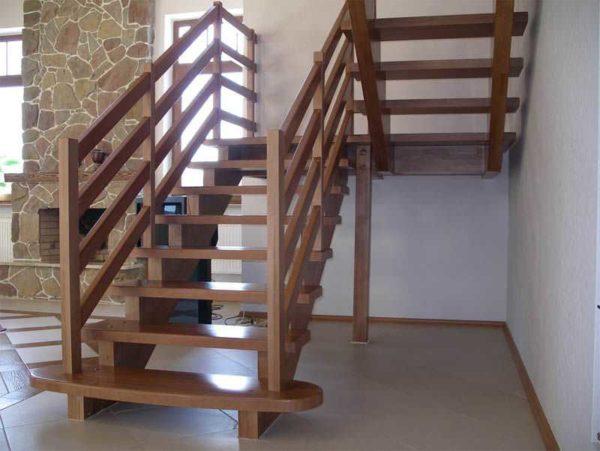 Лестница на второй этаж своими руками: винтовая, маршевая, на больцах