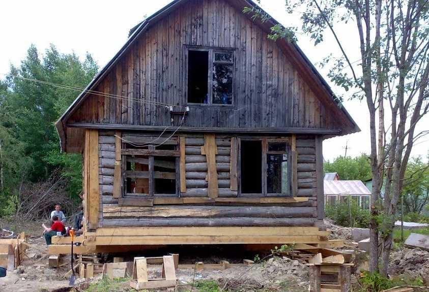 Подъем дома: особенности, пошаговая инструкция, советы и рекомендаии