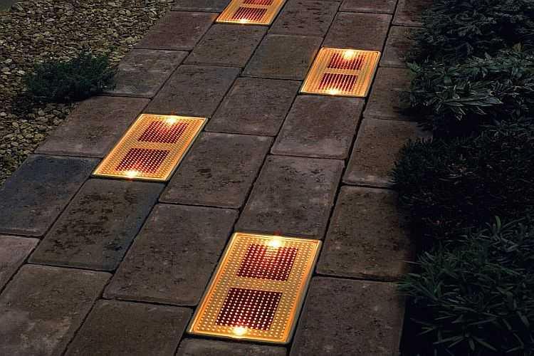 Уличное освещение на солнечных батареях: фонари для дачи и загородного дома