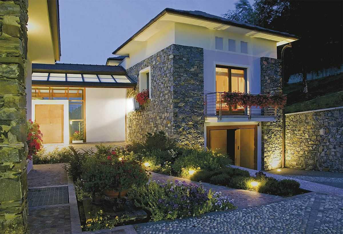 Уличная подсветка частного дома: требования, виды, советы