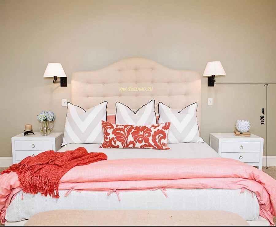 На какой высоте вешать бра: над кроватью в спальне, в коридоре, гостиной, ванной, детской, на лестнице