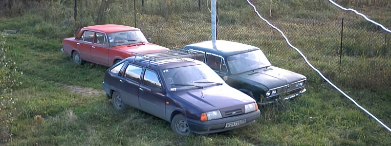 Площадка под автомобиль на даче своими руками: варианты парковок выбор места рекомендации по обустройству заезда + фото