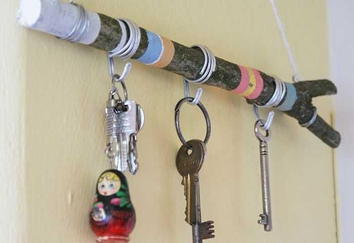 Настенная ключница своими руками: как сделать стильную и практичную вешалку для ключей (фото)