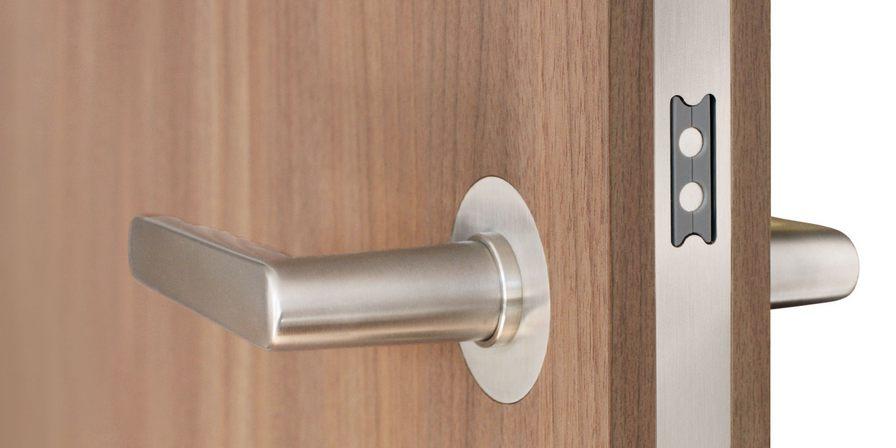 Как выбрать магнитный замок для межкомнатных дверей: типы, виды?