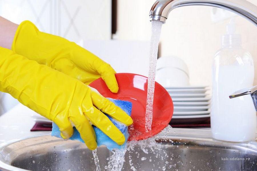 Как вымыть посуду быстро и правильно: какие средства использовать