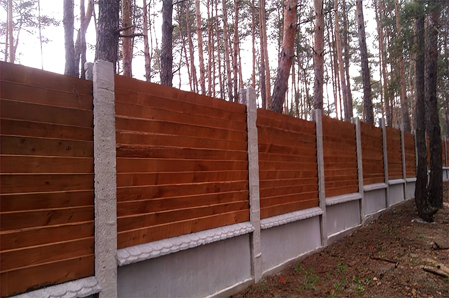 Как сделать деревянный забор на даче своими руками пошагово