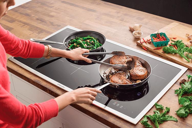 Индукционная плита: принцип работы, виды, подключение, технические характеристики + расход энергии