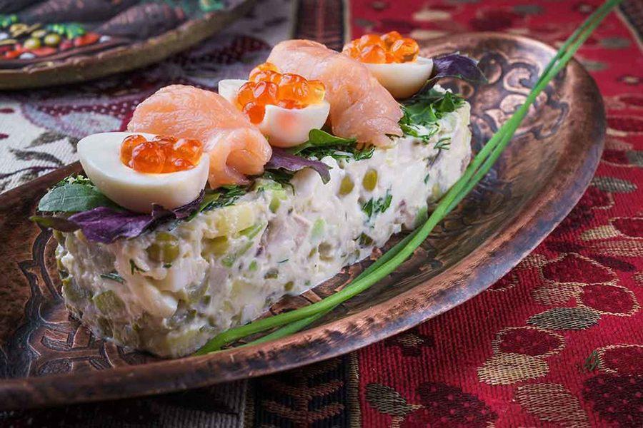 Вкусный Оливье - рецепт классический пошагово с фото