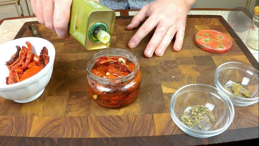 Вяленые помидоры в домашних условиях: лучшие рецепты с пошаговыми фото